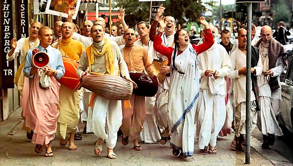Hansadutta-World-Travelling-Sankirtan-Party