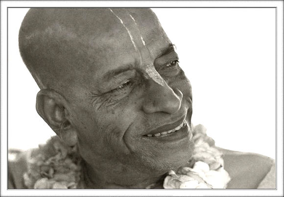Srila Prabhupada: Know that I am eternally your guide