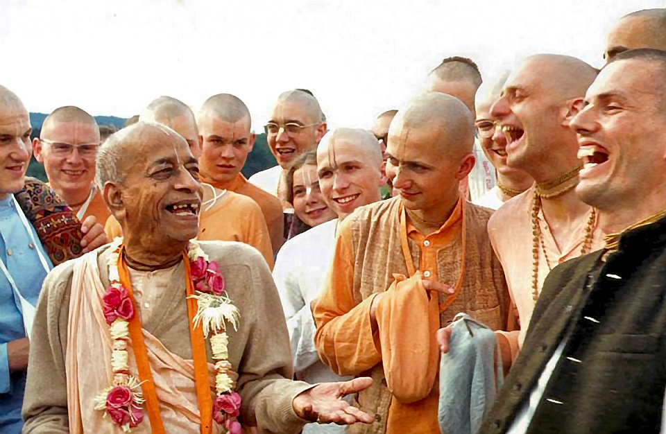 Dandavats hypocrites against distribution of KBI's Original Srimad-Bhagavatams